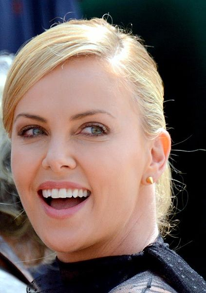 What Perfume Does Charlize Theron Wear